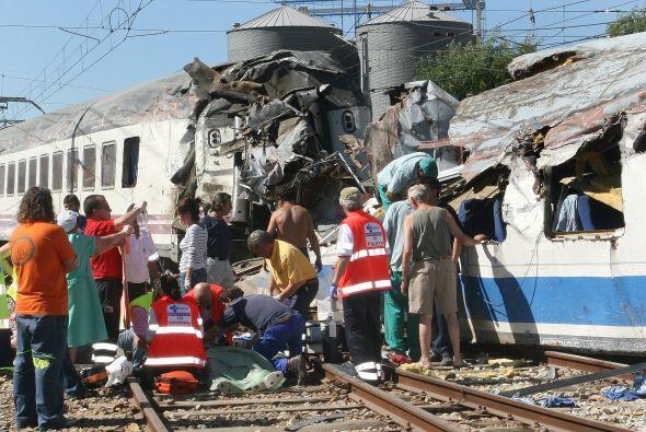 En 2006 un tren que hacía el recorrido La Coruña-Hendaya descarriló a su...