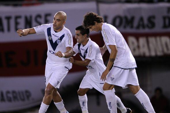 En el juego el triunfo fue de la visita. Así el pelado Santiago Silva ma...