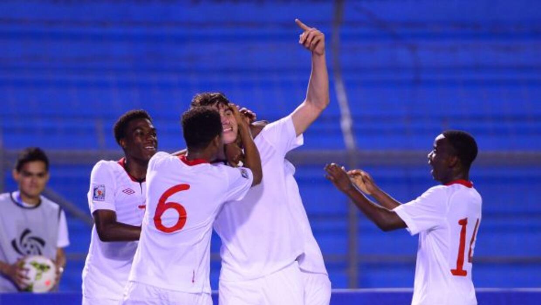 Sagno y Sadiki anotaron los goles del triunfo