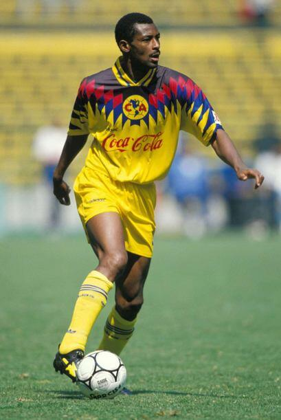 El más añejo es del delantero camerunés que en la temporada 1994-95 era...
