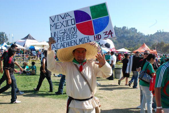 Los oriundos de Michoacán mostraban su favoritismo por Univision.