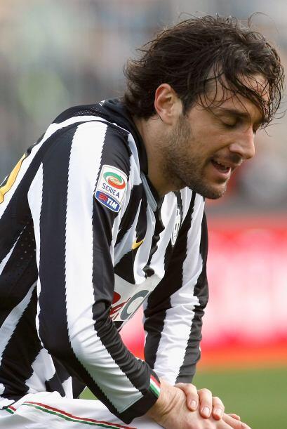 Luca Toni tuvo un encuentro para el olvido.