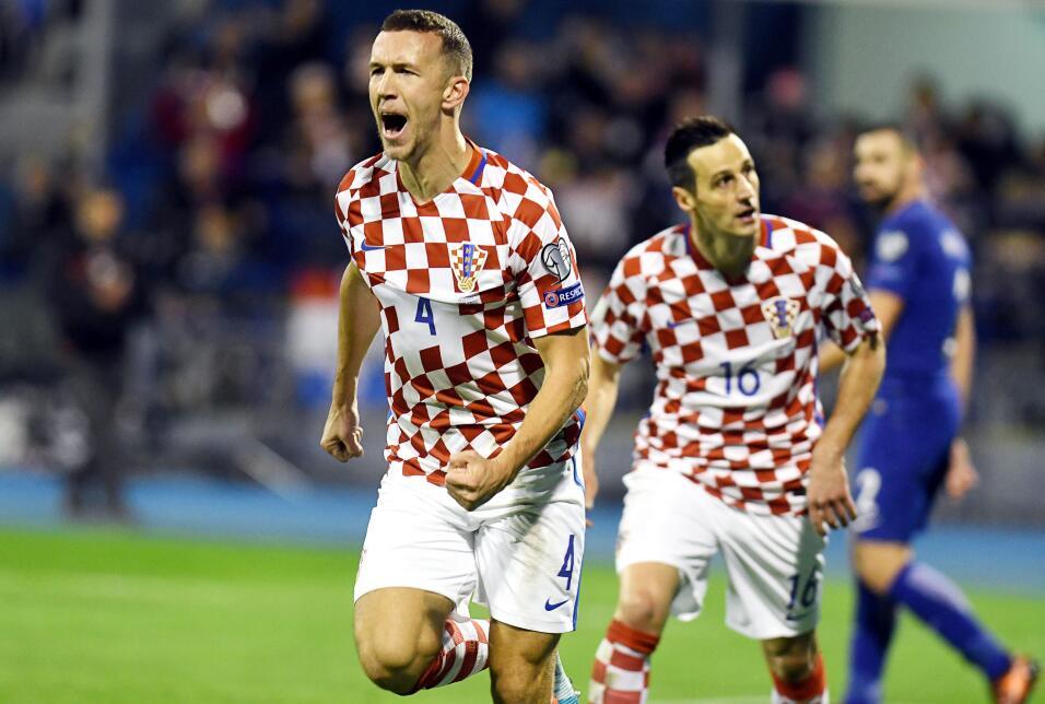 Croacia aplastó a Grecia y encaminó pase a Rusia 2018 gettyimages-872230...