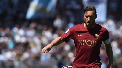 El Lazio venció a la Roma y dejó el 'Scudetto' a un paso para la Juventus