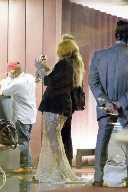 Mariah no paró de presumir sus premios. Aquí los videos m&...