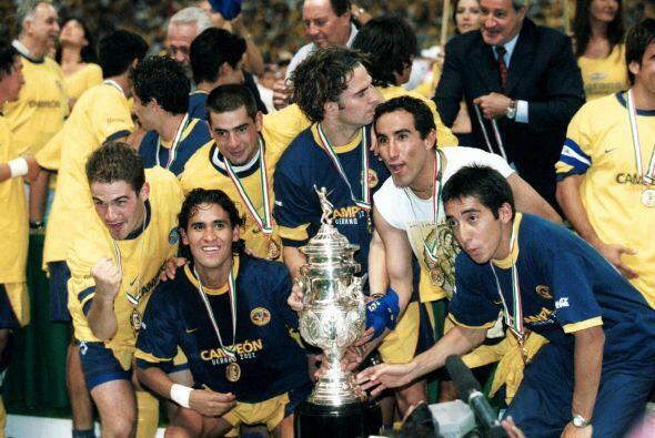 En época más reciente el América disputó la final del Verano 2002 ante e...