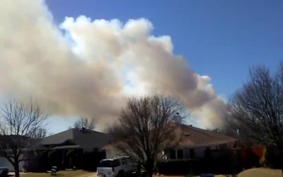 Alerta por incendio en el norte de Texas, en condados aledaños a...