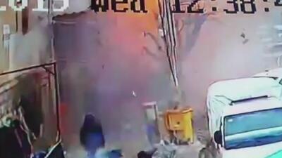 Un terrorista suicida hizo estallar su chaleco cargado de explosivos frente a un restaurante