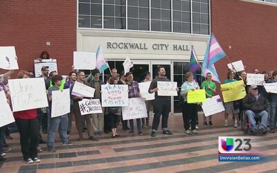 Rechazan en Rockwall ley contra transgénero