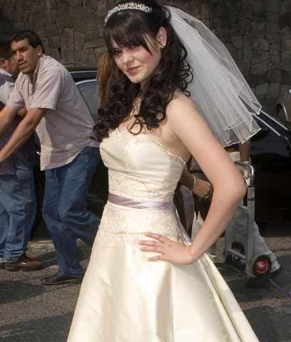La boda más GuapaCon ese vestido de la foto, Mili intentó casarse con Hu...