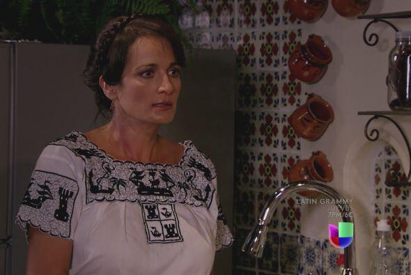 Primero al querer abusar de Dominga (Alejandra Procuna).