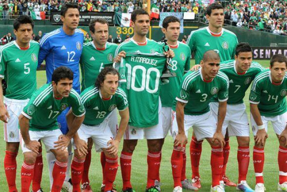 A fines de marzo Rafa Márquez cumplió 100 partidos con la camiseta de Mé...