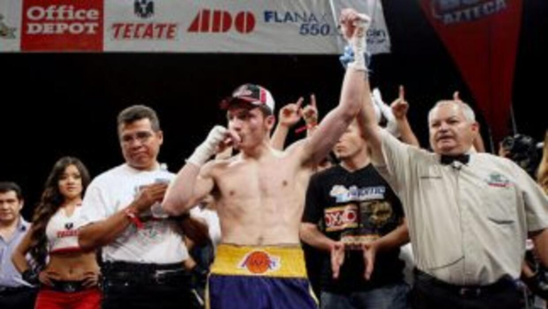 Omar Chávez ve en Ramón Álvarez un peleador regular (Foto: Zanfer).