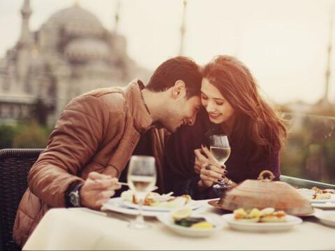 Hacer un maridaje de vinos como una auténtica sommelier puede par...