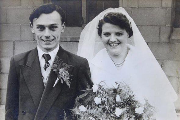 Él es Victor Bower y su esposa Elsie.