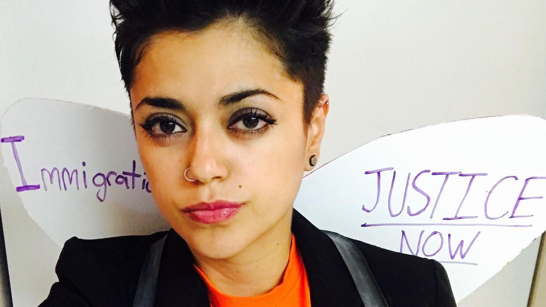 Laura Minero portó su camisa con simbología del movimiento dreamer en ap...