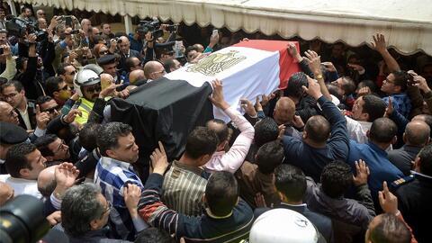 Papa Francisco condena masacre en iglesias de Egipto