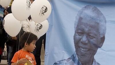 El fallecido Nelson Mandela fue uno de los temas más comentados en el añ...