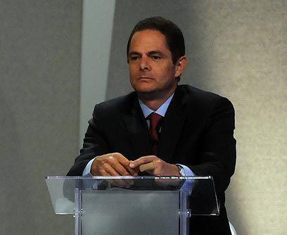 Germán Vargas LlerasEl candidato de Cambio Radical, de la derecha, tiene...