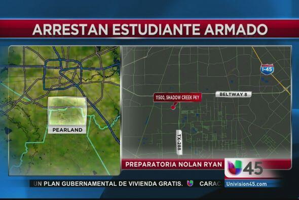 Un joven de 13 años  fue arrestado por llevar un arma  de bajo calibre a...
