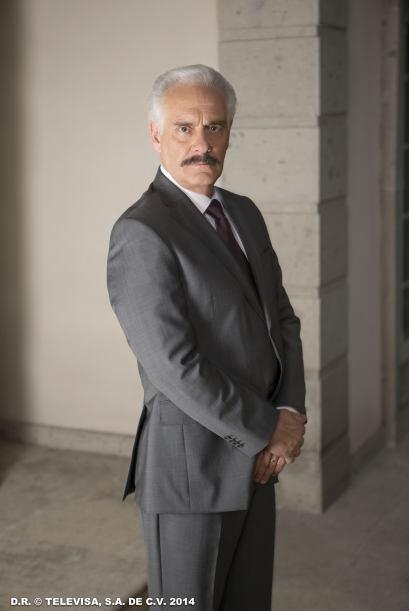 """""""Agustín"""" (Juan Verduzco) es el papá de """"Pablo"""". Parece un hombre intach..."""