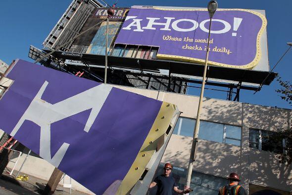 Yahoo! nombró a principios de enero de este año a Scott Thompson, direct...