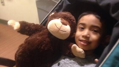 Por qué la vida de este niño de 6 años depende de lograr un donante hispano