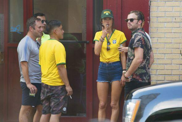 Junto a sus amigos estuvieron apoyando a Brasil.Mira aquí los videos más...
