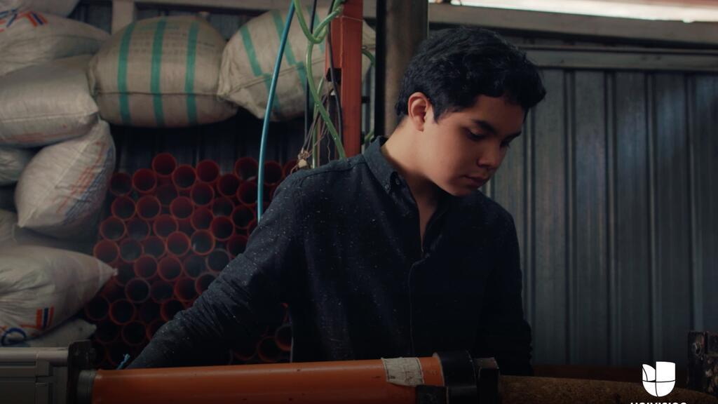 El inventor más joven de Guatemala creó una alternativa a la leña que bu...