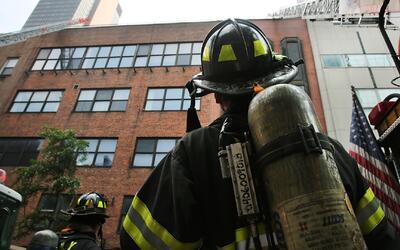 Investigan las causas del desplome de un techo que dejó tres heridos gra...