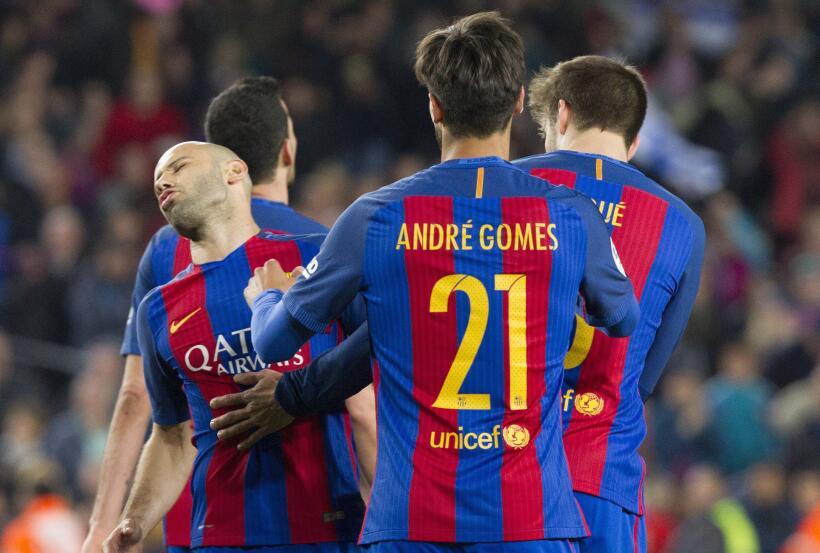 Messi y Suárez mantienen al Barcelona al acecho del Madrid 6362556100724...