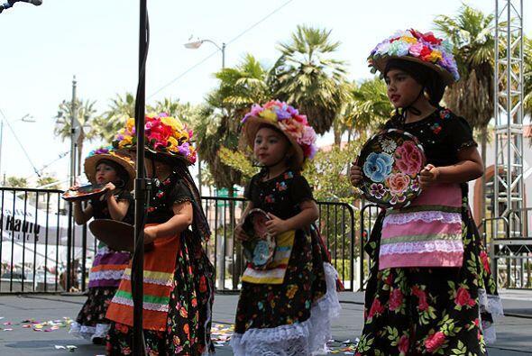 Cinco de Mayo es una fecha muy esperada por los angelinos, color, m&uacu...
