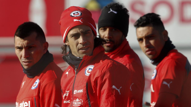 Chilenos esperan que Conmebol no sancione a Gonzalo Jara por su provocación