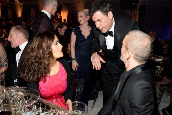 Doña Salma y Jimmy Kimmel discutían si la pieza de arte qu...