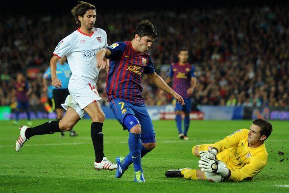 El veterano portero del Sevilla, ya de 29 años pero sólo con tres años e...