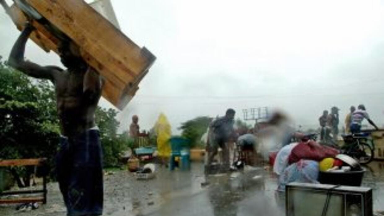 Las fuertes lluvias de las últimos días en República Dominicana mantiene...