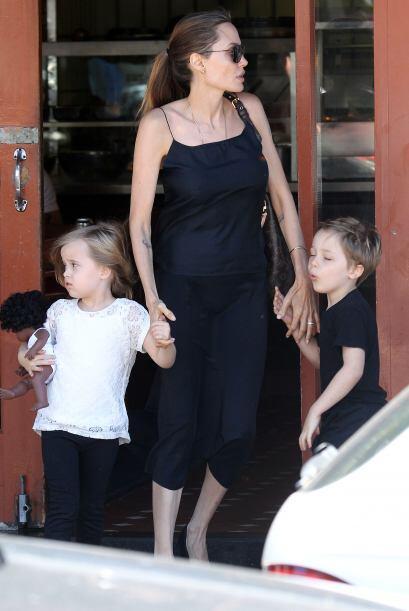 Angelina Jolie y Brad Pitt ya tenían cuatro hijos, pero al parecer eso n...