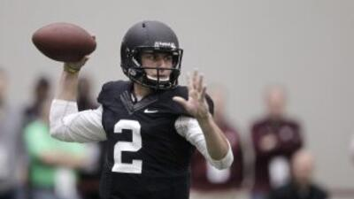 Johnny Manziel quiere ser el primer quarterback elegido en el próximo Dr...