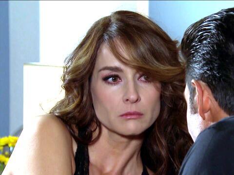 ¿Arturo y Julia pasaron una noche juntos? 6CB803CF798B448F9C5BE9CCF30118...