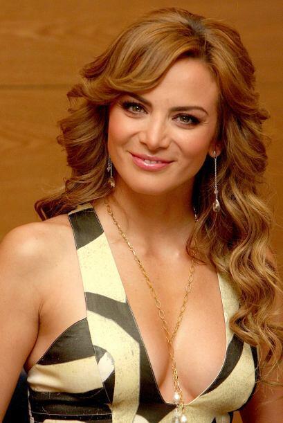 Buenas noticias para la guapa Silvia Navarro, ¡está embarazada!