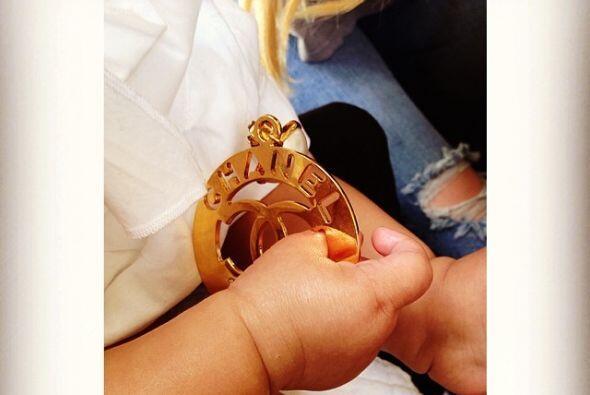 Khloé, compartió una adorable foto de su sobrina Nori. Parece que tiene...