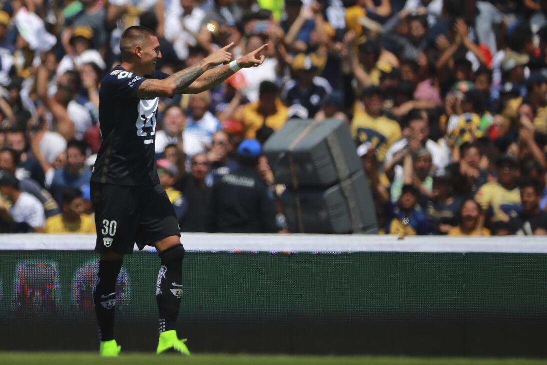 Chile irá a la Confederaciones con mayoría de la Liga MX GettyImages-655...