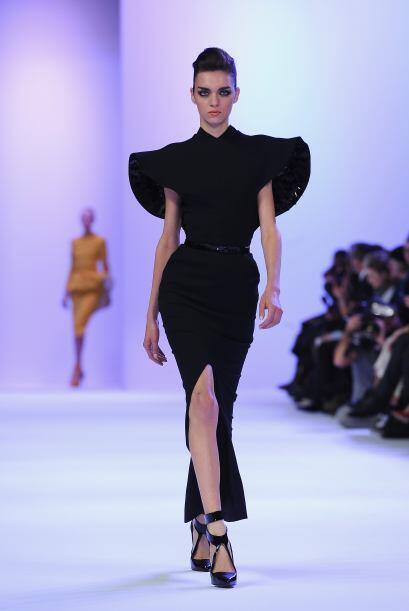 Aunque el negro no faltó en vestidos con siluetas muy estructuradas. ¿Le...