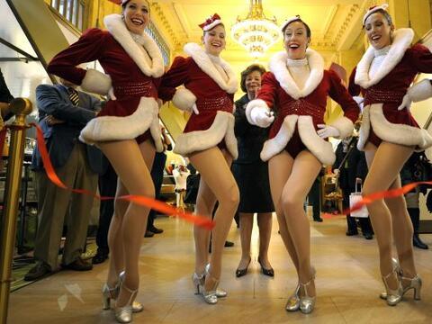 La famosa estación Grand Central celebró con las Rockettes...