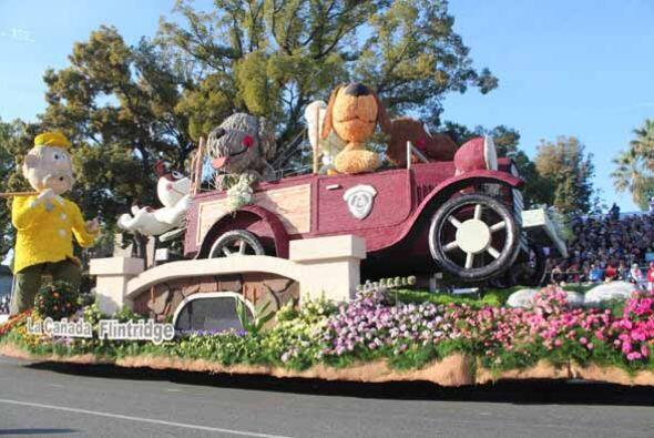 La alegría contagiosa del Desfile de las Rosas calentó el...
