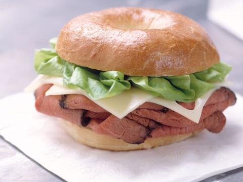 Podrías también reemplazar los sandwiches de jamón...