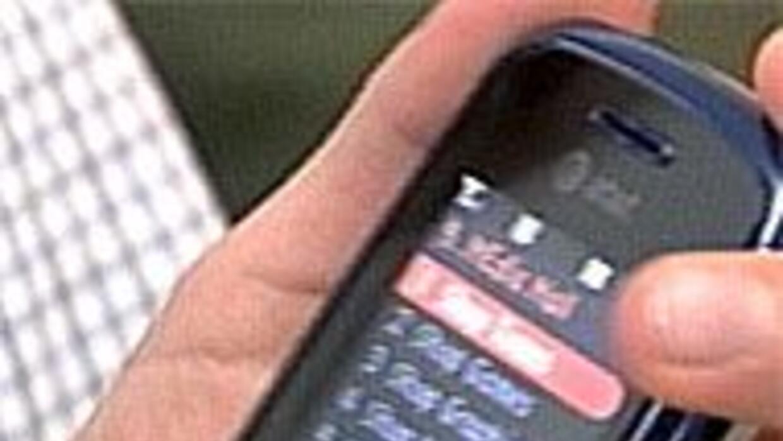 Procuraduría de Texas hace un llamado de alerta en el uso de celulares e...
