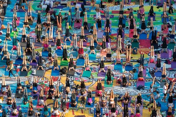 Tel Aviv también celebró el Día Internacional del Yoga, con una sesión a...