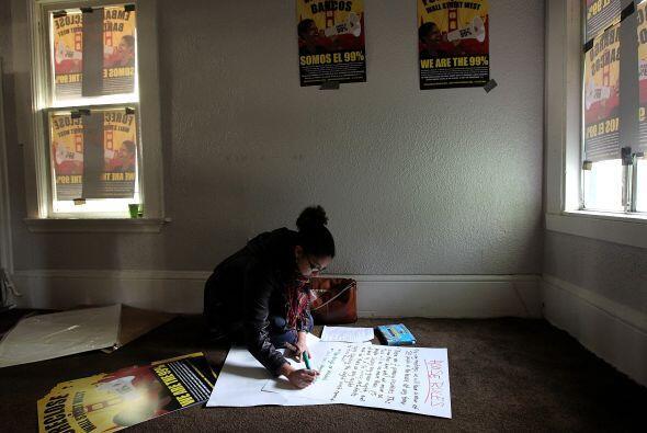 Otra miembro del movimiento Occupy Our Homes es Ana Casa Wilson, vecina...