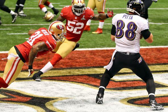 El error costó caro a San Francisco: Touchdown de Baltimore, pase de una...